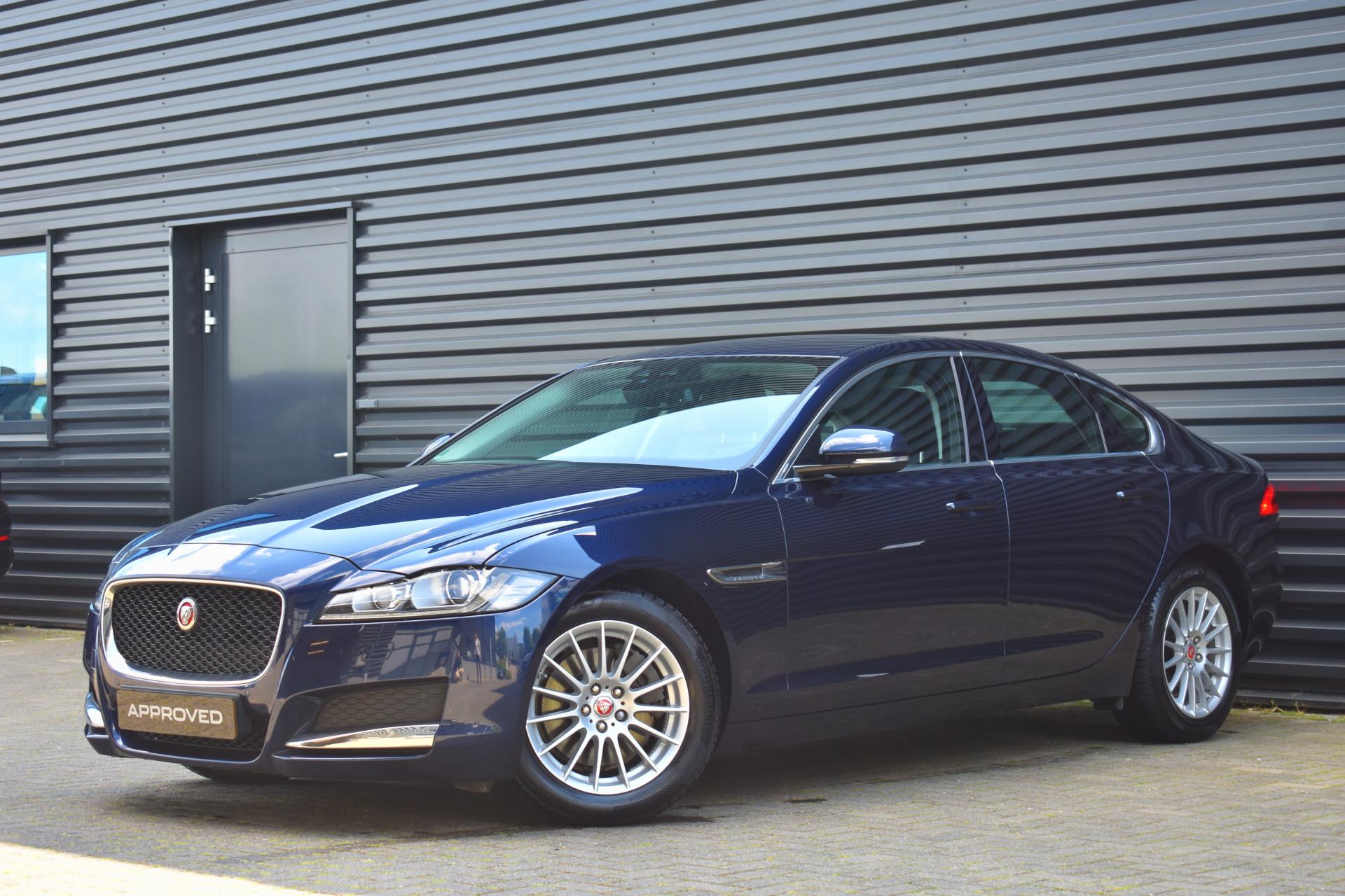Jaguar XF 2.0d E-Performance Prestige - Afbeelding 1